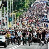 Critical mass, a Bari la 'Ciemmona' in bicicletta: l'appuntamento dal 26