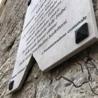 Foibe, a Barletta danneggiata la lapide commemorativa