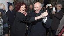 La senatrice e il senatore ballo bipartisan in Puglia