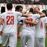 Calcio, il Bari batte 3-1  la Ternana e torna a sognare  con Galano e Floro Flores