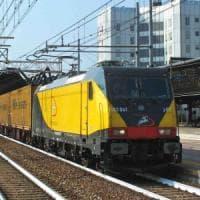 """Bari, cavi tranciati sulla linea di Ferrotramviaria. Stop ai treni per l'aeroporto: """"Furto..."""