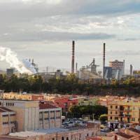 Ilva di Taranto, via alla trattativa col governo: sul tavolo il destino di 5.000 lavoratori