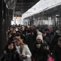 Treni, Bari-Milano della notte in ritardo per aspettare i tifosi del Brescia: ordine del...