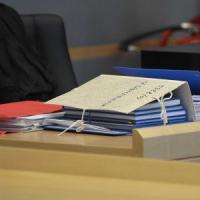 """""""Sesso in cambio di un lavoro"""": sindaco del Barese denunciato da una 26enne"""