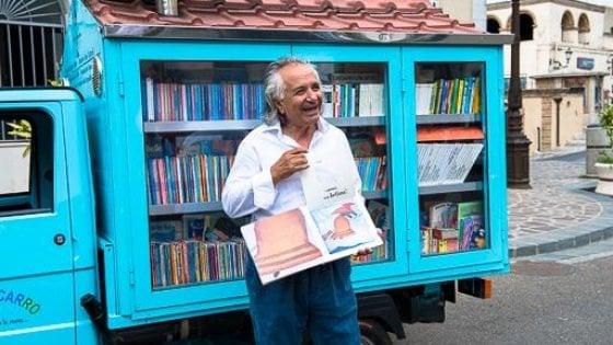 """Basilicata, al via il tour del Bibliomotocarro: """"Portiamo i libri nei comuni senza biblioteche"""""""