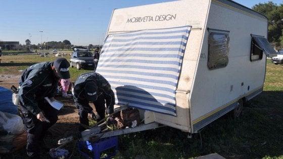 Bari, l'ombra di un giro di prostituzione fra i bambini rom: via all'inchiesta nei campi nomadi