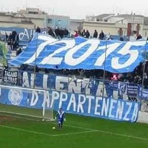 """Calcio, il Fasano promosso grazie ai soldi dei tifosi: """"Siamo diventati i custodi del club"""""""