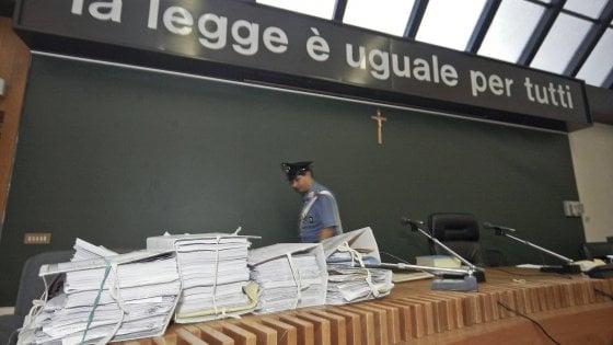 """Ex sacerdote abusò di un 11enne. Il giudice accusa: """"La Chiesa foggiana fu superficiale"""""""