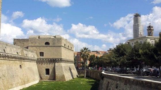 Puglia, castelli chiusi fra restauri e carenza di personale: piano d'emergenza del Polo museale