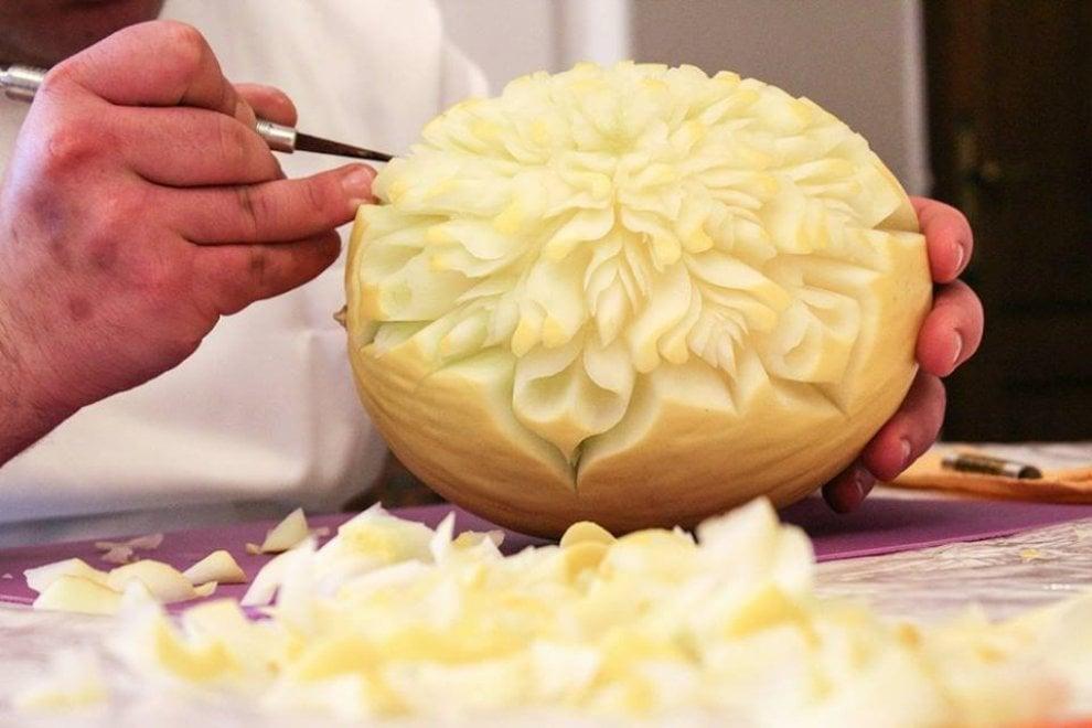 sculture di cibo: a Barletta l'arte dell'intaglio