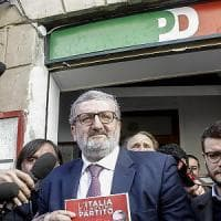 Pd, Michele Emiliano vince le prime convenzioni in Puglia: al 63% tra gli iscritti di...
