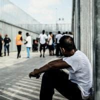 Brindisi, torna libera trans detenuta al Cie nel reparto maschile: era in sciopero della...