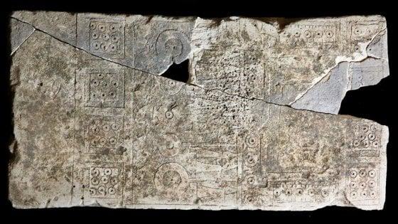 Archeologia, torna in Puglia la stele dauna di oltre 2.500 anni fa: presa all'asta con una colletta
