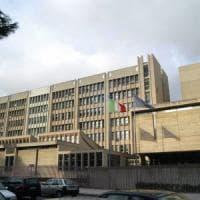 Lecce, il tribunale licenzia un suo dipendente:
