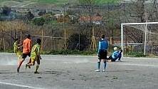 Calcio, il portiere lucano para tre rigori in mezz'ora