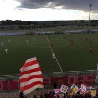 Calcio, il Barletta ritira le maglie dei giocatori: