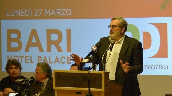 """Congresso Pd, Michele Emiliano battuto da Renzi nel suo circolo di Bari: """"Provino a fare a meno di me"""""""