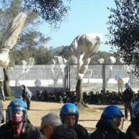 Gasdotto Tap, polizia allontana i manifestanti dal cantiere. Sindaci salentini
