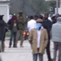 Foggia, 17 migranti arrestati per la rivolta del Cara: centro devastato e agenti feriti