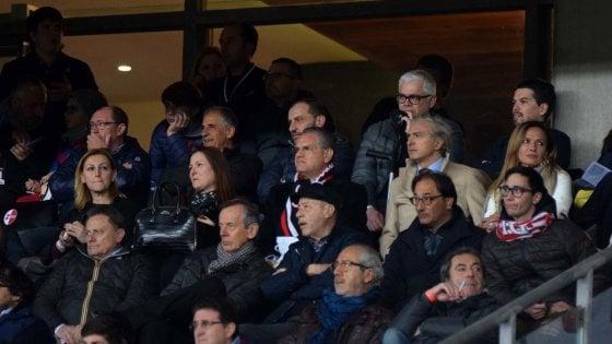 Calcio, il Bari di Giancaspro colleziona divorzi: chiuso il rapporto con lo sponsor Balkan Express