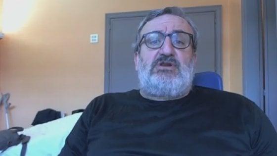 """Michele Emiliano in diretta Fb dall'ospedale: """"Il Pd per molti è un trauma. La webtax nei miei progetti"""""""
