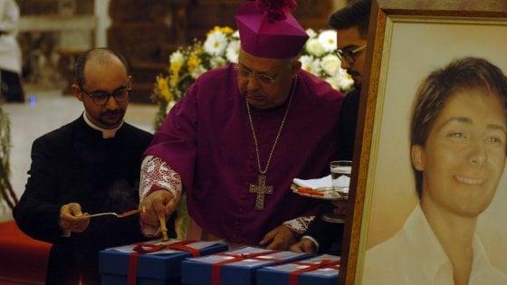 Beatificazione 18enne a Brindisi: cerimonia, folla fedeli