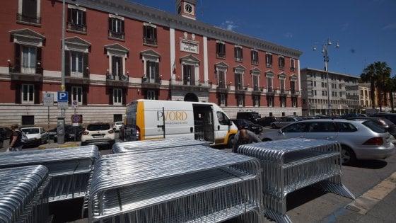 """G7 a Bari, l'allarme dei dipendenti pubblici: """"Temiamo attentati: uffici chiusi per 3 giorni"""""""