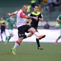 Tra Bari e Avellino finisce 1-1: pareggio deciso da due rigori, I play off
