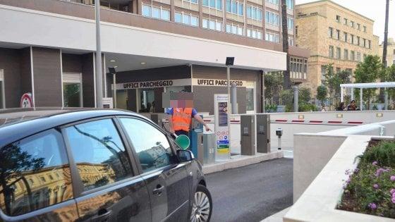 Bari, processo per appalti truccati: Degennaro chiede i danni ai funzionari del Comune