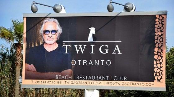 Otranto, sigilli al cantiere del Twiga: Briatore divorzia dai soci pugliesi, sospese le assunzioni