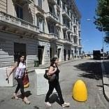 Bari, lungomare chiuso   foto   iniziano le domeniche green ma i residenti si riuniscono