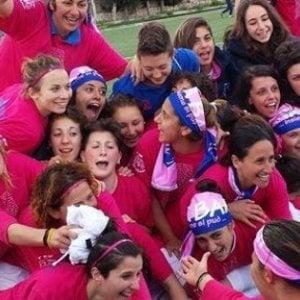 Calcio femminile, la Pink Bari vince lo spareggio con la Roma e torna in serie A