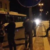 Foggia, residenti in rivolta contro il Cara: dopo uno scippo bloccati i