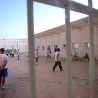 Migranti, a Bari Palese entro l'estate il primo centro italiano per i rimpatri: