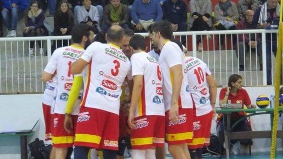 Volley, giocatore dell'Ottaviano aggredito a Taviano dopo la semifinale per la A2