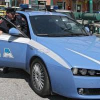 Bari, usa la propria auto per rapinare due benzinai: preso un 25enne, è