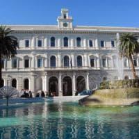 Ateneo di Bari, cda lampo: studenti chiedono rinuncia a gettoni da 130 euro, ma i prof li...