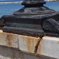 Bari, panchine e lampioni rotti: il lungomare è a pezzi