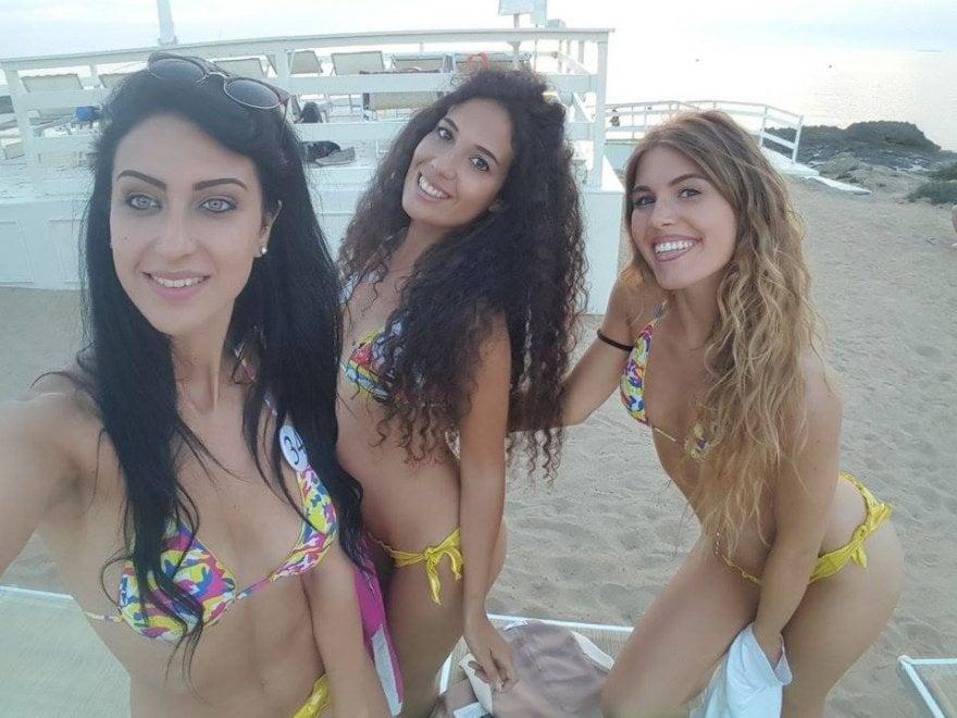 Salento, le aspiranti miss si sfidano a colpi di selfie