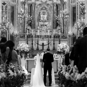 Calcio, Neuer sposo in Puglia: la cerimonia blindata nella cattedrale di Monopoli
