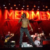 Iggy Pop infiamma Bari: sino a 50mila spettatori nella notte di Medimex in piazza