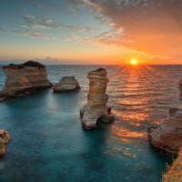 Salento, l'alba mozzafiato di Torre Sant'Andrea