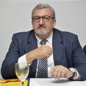 La Regione Puglia aumenta lo stipendio ai dirigenti Asl: fino a 40mila euro in più all'anno