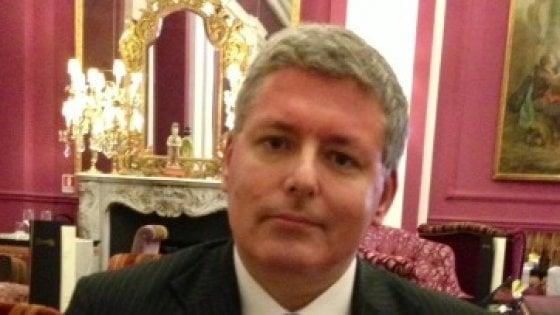"""Finto principe del Montenegro denunciato per truffa, l'avvocata: """"È nobile per dinastia"""""""
