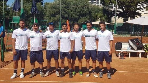 Tennis, l'Angiulli Bari torna in serie A: 4-2 al Casale Monferrato nel ritorno dello spareggio