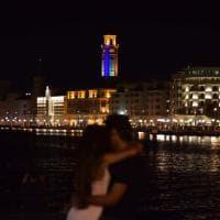 Gay pride a Bari, luci arcobaleno sull'ex Provincia