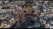 In volo sui trulli: la magia di Alberobello dall'alto