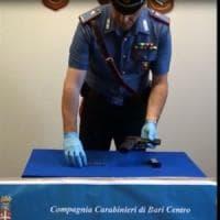 Bari, 23enne arrestato a Japigia: sul cruscotto dell'auto una pistola pronta