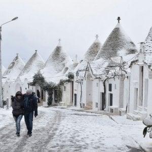 Emergenza neve, ai Comuni pugliesi 10,7 milioni di euro per i danni subiti durante l'inverno