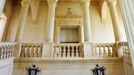 Lecce, l'Istituto per ciechi truffa i non vedenti: la sede trasformata in b&b con i fondi per l'istruzione